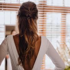 外国人風ヘアアレンジ16選海外女子の変わった編み込みヘアのやり方は