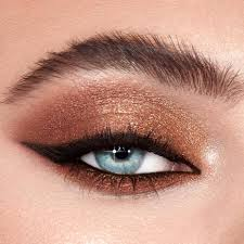benefit cosmetics south william street and d olier street at arnotts and debenhams 39 beauty artists will have you looking your best in around 30mins