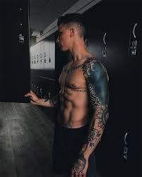 какие мужские татуировки нравятся девушкам