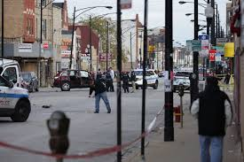 More Chicago gangs arming themselves with rifles as alliances spread ...