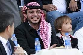 """تراجع لاحقاً.. أمير أردني ينشر صورة """"مسيئة"""" لولي عهد أبوظبي"""