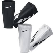 Nike Lock Elite Shin Guard Sleeves