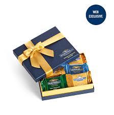 signature clic gift box 18 pc