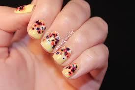 Wondrously Polished: February Nail Art Challenge - Day 2: Flowers