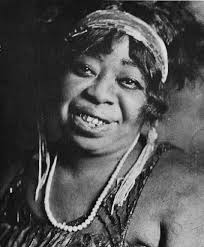"""Gertrude """"Ma"""" Rainey (1886-1939) •"""