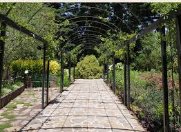 bespoke pergolas garden arches and lattice