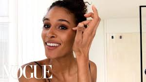 french supermodel cindy bruna s guide to the parisian smoky eye beauty secrets vogue