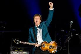 Review: Paul McCartney hits a home run in concert at Fenway Park