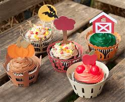 Check out our cupcake wrappers svg selection for the very best in unique or custom, handmade pieces from our party décor shops. Cupcake Wrappers Svg Files For Cricut Silhouette Sizzix And Sure Cuts A Lot Svgcuts Com