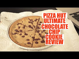 pizza hut chocolate chip cookie.  Chip Pizza Hut Ultimate Hersheyu0027s Chocolate Chip Cookie Review And T