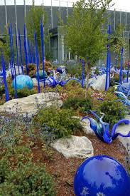 glass landscape mulch designs
