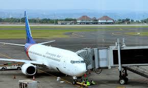 Human Remains, Debris Found in Sea After Sriwijaya Air Boeing 737-500 Went  Missing Off Jakarta