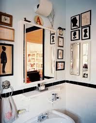 Art for bathroom Bathroom Wall Decor Homedit How To Spice Up Your Bathroom Décor With Framed Wall Art