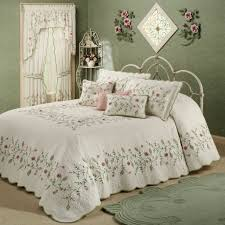 bedding extra large quilts tailored bedspreads bedspreads full oversized king comforter sets solid black comforter
