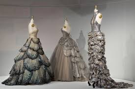 Recycled Designer Apparel 5 Delightfully Tech Y Dresses From The 2016 Met Gala Live