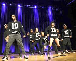 moonlight hip hop dance crew gets down in the pit the daily tar heel moonlight hip hop dance crew gets down in the pit