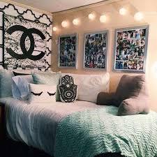 college wall decor inspirational college dorm wall decor ideas