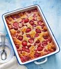 baked strawberry cobbler