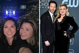 """Kelly Clarkson """"has lived her best life ..."""