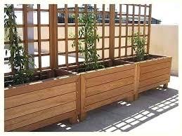 planter box with trellis listing