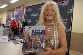 Linda Vaughn at Hurst Nationals, Carlisle, PA Video