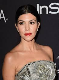 kourtney kardashian red lipstick makeup looks stylebistro