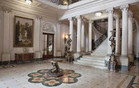 Many of the mansions in Cuba have been restored to their original  architectural splendor, providing plenty of interior design inspiration for  your home.
