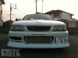 White Toyota Chaser in Fukuoka | eXite Video Magazine