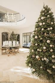 christmas decorations office kims. Doubled Up For Xmas: The 37-year-old Keeping With Kardashians Christmas Decorations Office Kims