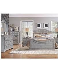 Highland Creek King Bedroom Set 6 PC  Weathered Gray