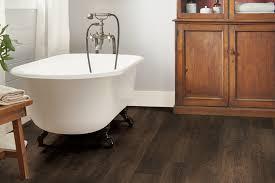 rigid core flooring vantage collection summerfield oak a6903 in the bathroom