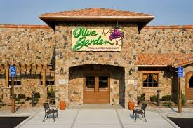 view full sizea vice president from the pa company of olive garden restaurants is to visit oxford alabama to personally apologize for the not