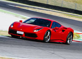Ferrari 488 gtb one of the best in the world with the power and style along with its amazing sporty looks. Guidare Una Ferrari 488 Sul Circuito Del Mugello Puresport