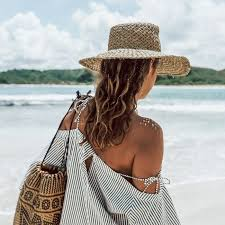 The Best Beach Hats for Every Weekend Getaway | Who What Wear