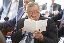 Аудиторы выявили серьезные нарушения в работе муниципальных  Депутатам Челябинской гордумы дали пищу для размышлений в виде отчетов контрольно счетной палаты об эффективности расходования муниципальных финансовНаиль