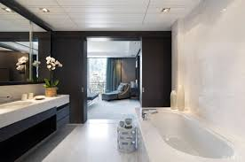 Modern Elegant Interior Decoration For Apartments And Pent Houses - Luxury apartments bathrooms
