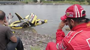 Video Crash Ferrari Enzo Fxx