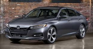2018 honda accord pictures. plain pictures 2018 honda accord unveiled u2013 192 hp 15 and 252 20 turbo 10speed  auto standard sensing inside honda accord pictures