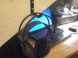 diy headphone holder