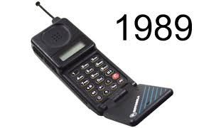 motorola old mobile phones. motorola-micro-tac-1989.jpeg?1505861393 motorola old mobile phones