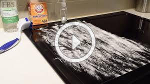 cleaning glass cooktop quick tip thumbnail
