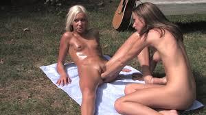 Tiny titted shaved girl Kacey Jordan rides the Sybian Shameless