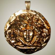 medusa head pendant brooch by sphinx the british jewelry company patricia jon s finest ruby lane