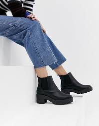 Black caged cut out ankle booties pointy toe stilettos summer boots. New Look New Look Chunky Chelsea Boot In Black Chelsea Boots Women Chelsea Boots Black Heel Boots