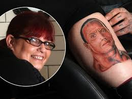 Mums Bizarre New Tattoo Of The Rock Wrestler On Her Leg Gets Dwayne