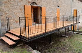 Terrasses En M Tal Acier Et Bois Robustes Fonctionnelles Et