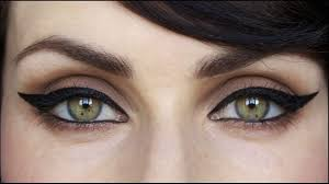 cat eye or winged eyeliner style suits best for big eyes how to apply makeup tips
