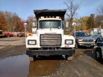 mack complete vehicle on heavytruckparts net camp auto truck complete vehicle mack rd688s