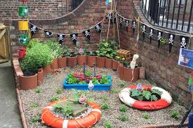 garden design using recycled materials. creating magical storythemed gardens from recycled materials garden design using y