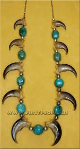 10 bear claw necklace